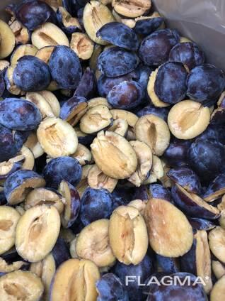 Frozen fruits from Moldova